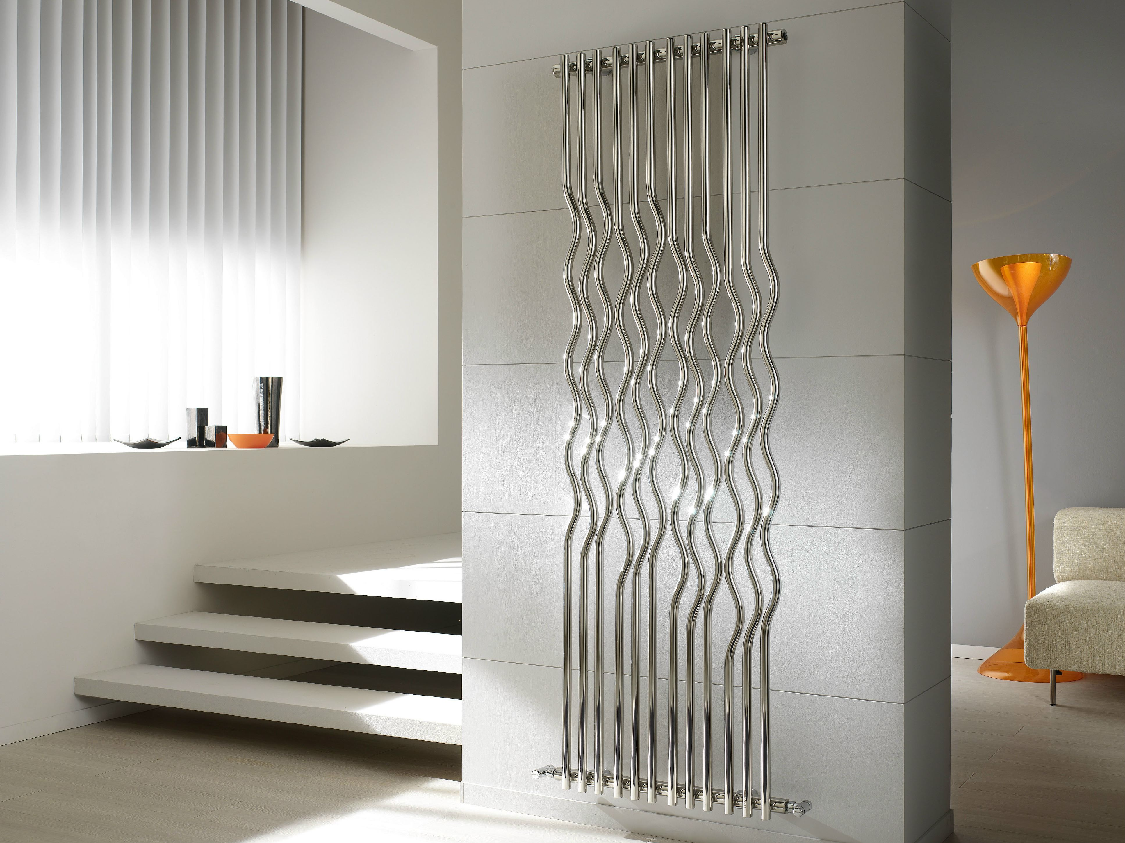Rio termoarredo in acciaio lucido by cordivari design for Termoarredo tubes