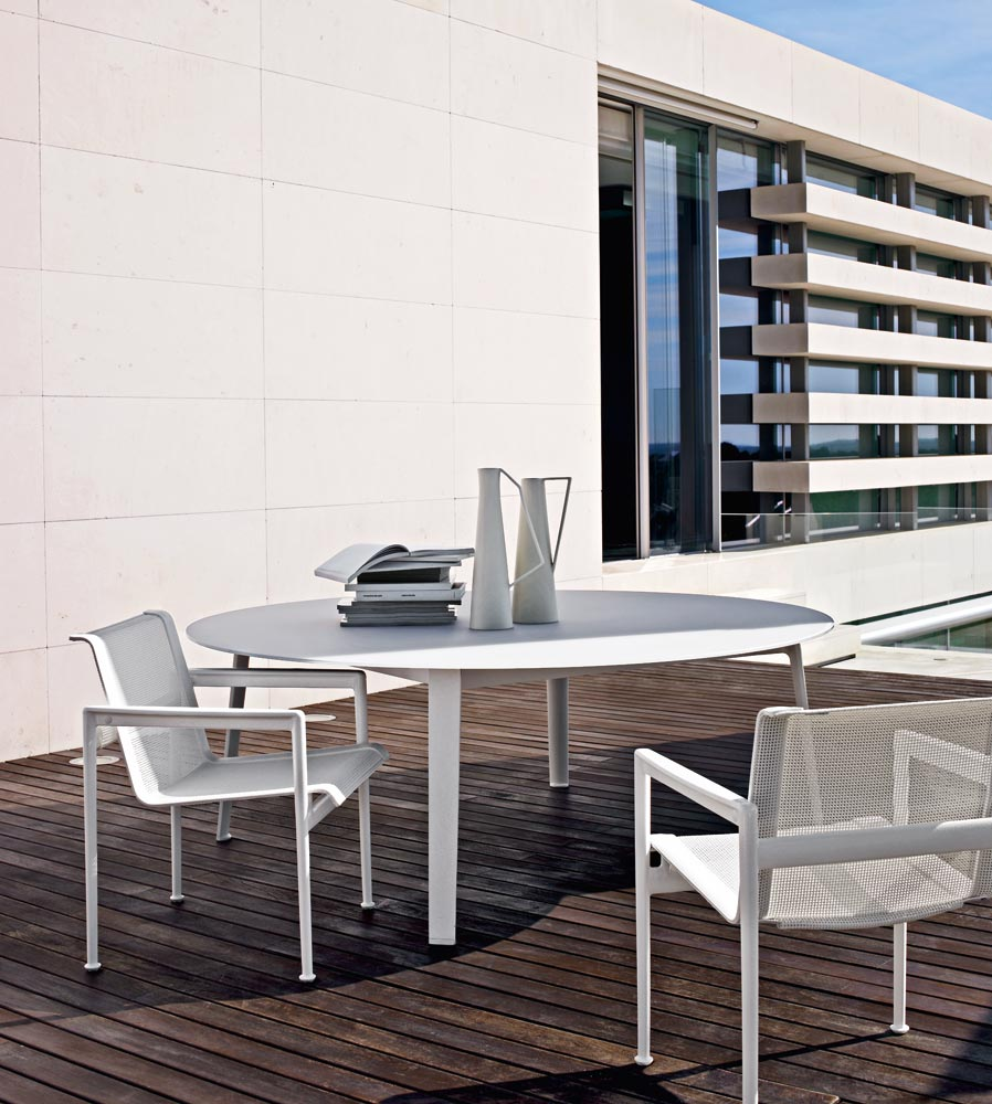 gelso table by b b italia outdoor a brand of b b italia spa design antonio citterio. Black Bedroom Furniture Sets. Home Design Ideas