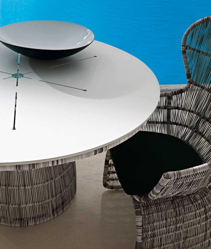 Crinoline table by b b italia outdoor a brand of b b for B b italia spa