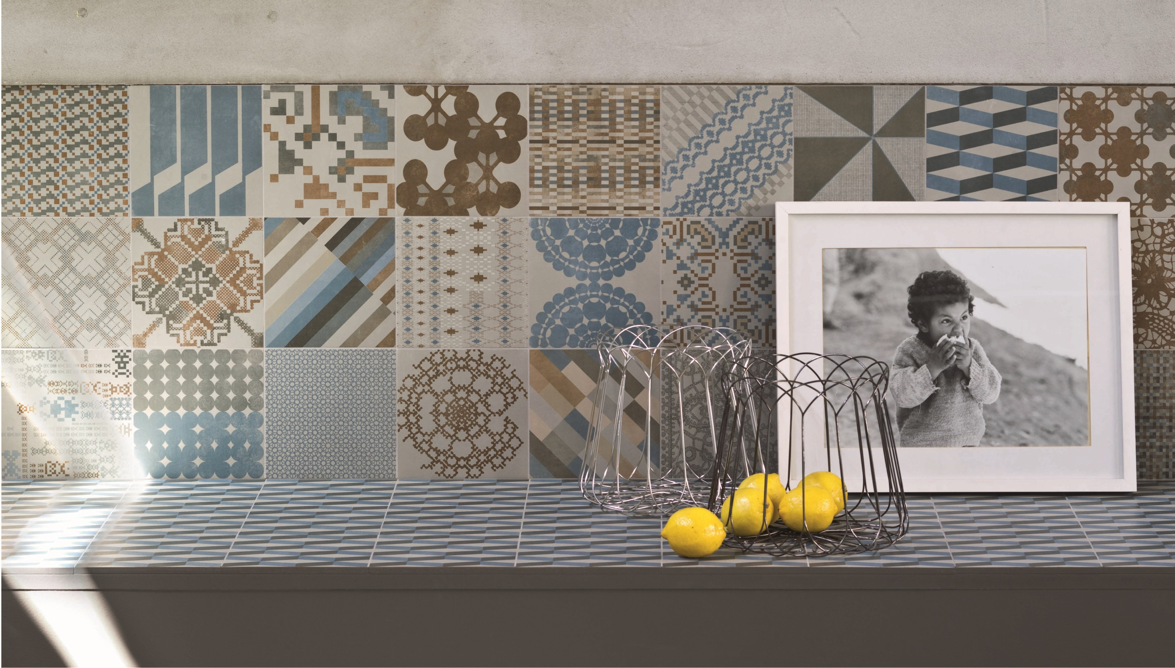 Pavimento Cucina Bianco E Nero : Cucina con pavimento bianco e ...