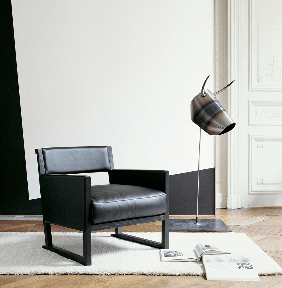 musa leather armchair by maxalto a brand of b b italia. Black Bedroom Furniture Sets. Home Design Ideas