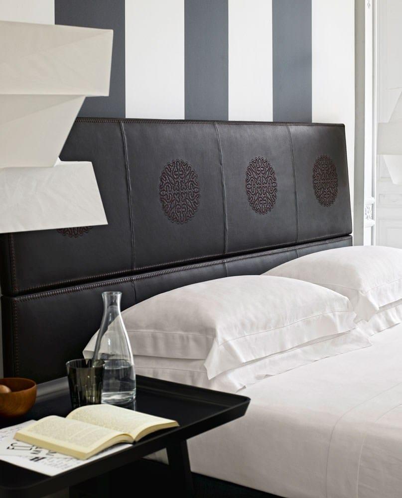 Leather double bed erik by maxalto a brand of b b italia for B b italia spa