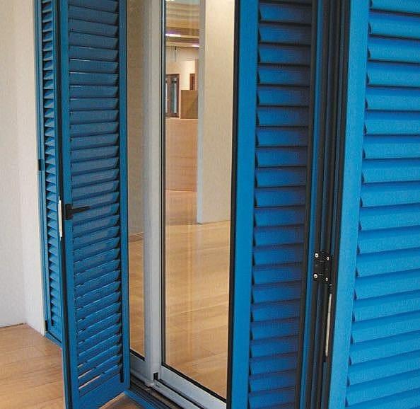 volet persienn en aluminium 45 p by aluk group. Black Bedroom Furniture Sets. Home Design Ideas