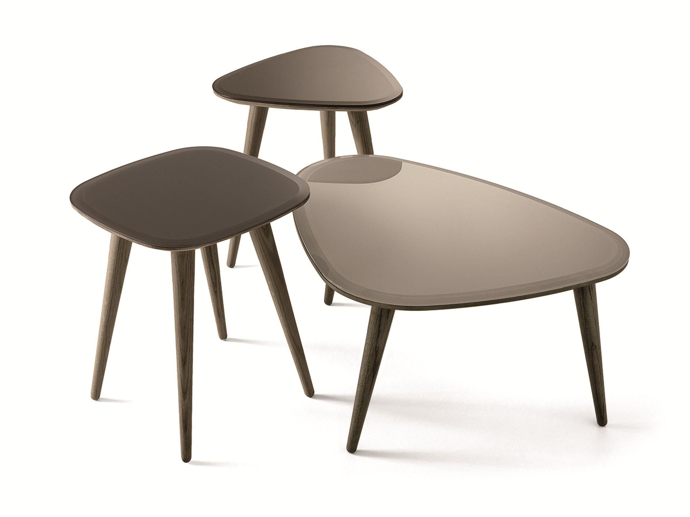 oak coffee table fifties by gallotti radice design studio g r. Black Bedroom Furniture Sets. Home Design Ideas