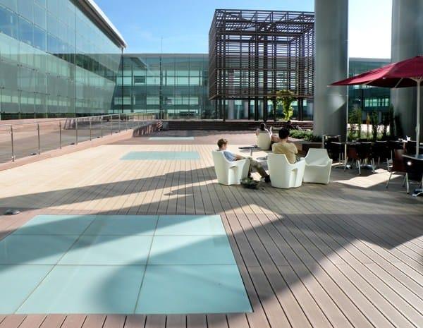 Parquet ext rieur en bois composite terrasse el gance for Parquet exterieur composite