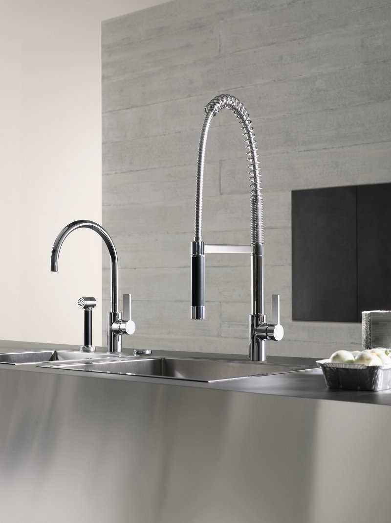 kitchen tap with spray tara ultra by dornbracht design sieger design. Black Bedroom Furniture Sets. Home Design Ideas
