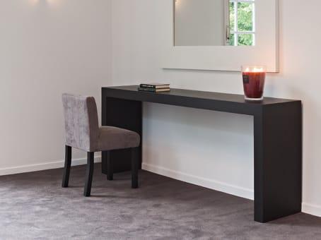zen konsolentisch by ph collection. Black Bedroom Furniture Sets. Home Design Ideas