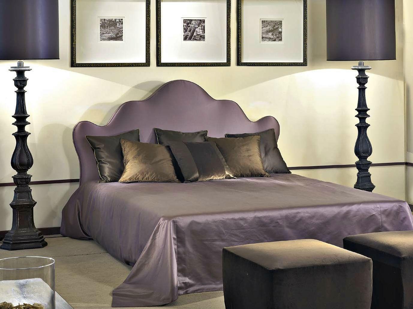 Letto matrimoniale in tessuto leone by softhouse - Leone e capricorno a letto ...
