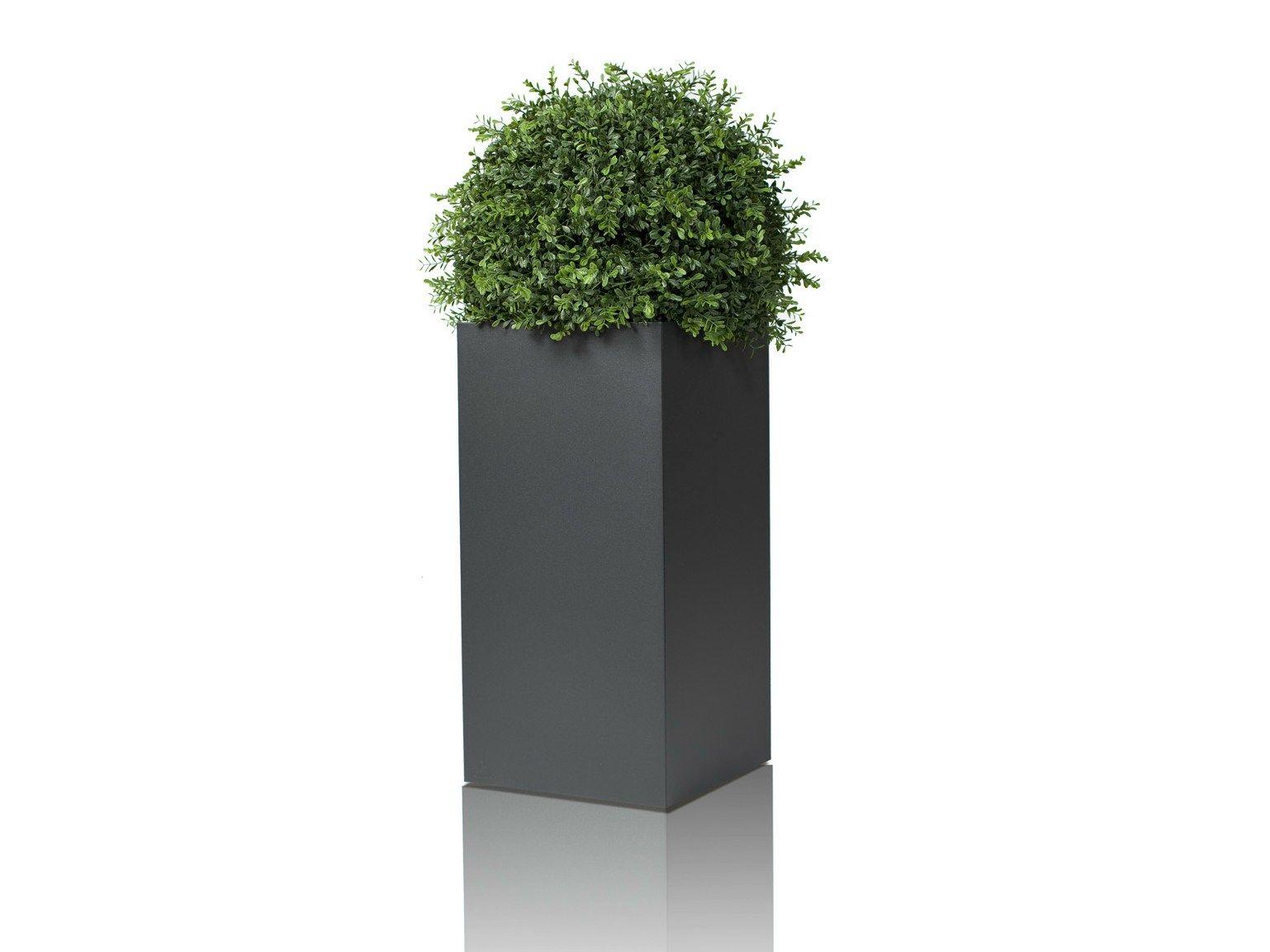 Linn jardini re haute by r shults design cornelia norgren for Jardiniere etroite et haute