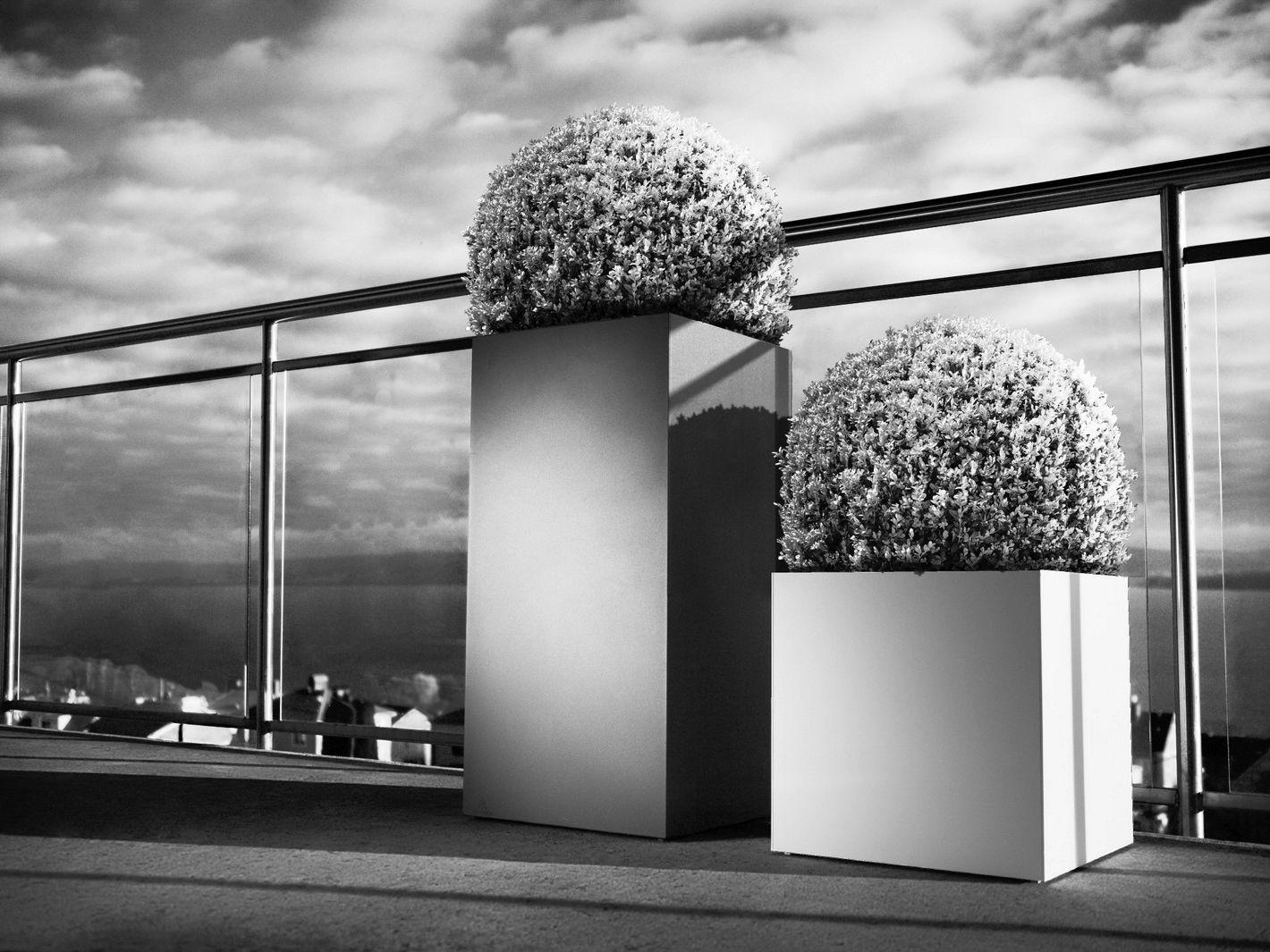 linn hoch blumenkasten by r shults design cornelia norgren. Black Bedroom Furniture Sets. Home Design Ideas