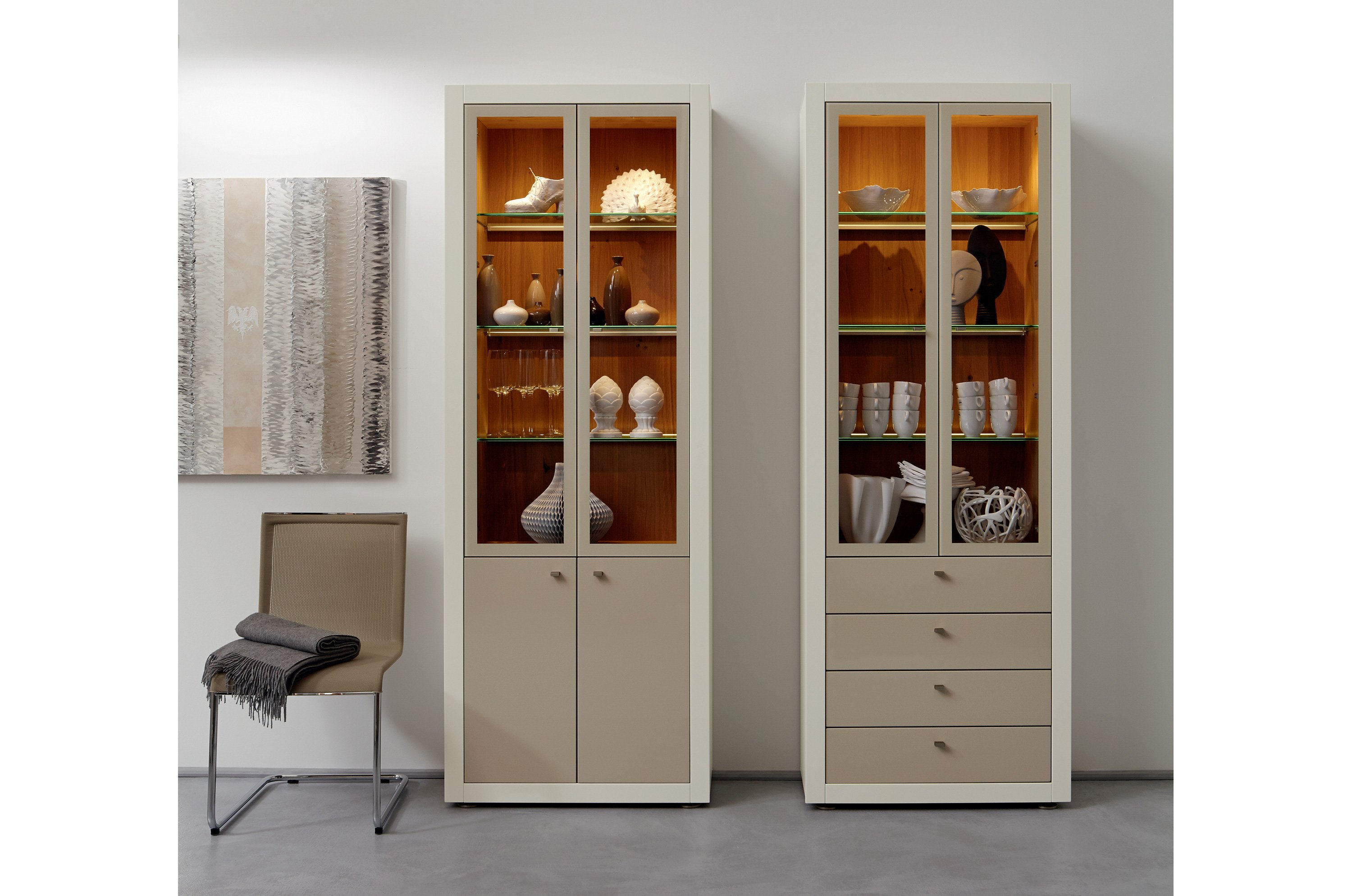 xelo display cabinet by h lsta werke h ls. Black Bedroom Furniture Sets. Home Design Ideas