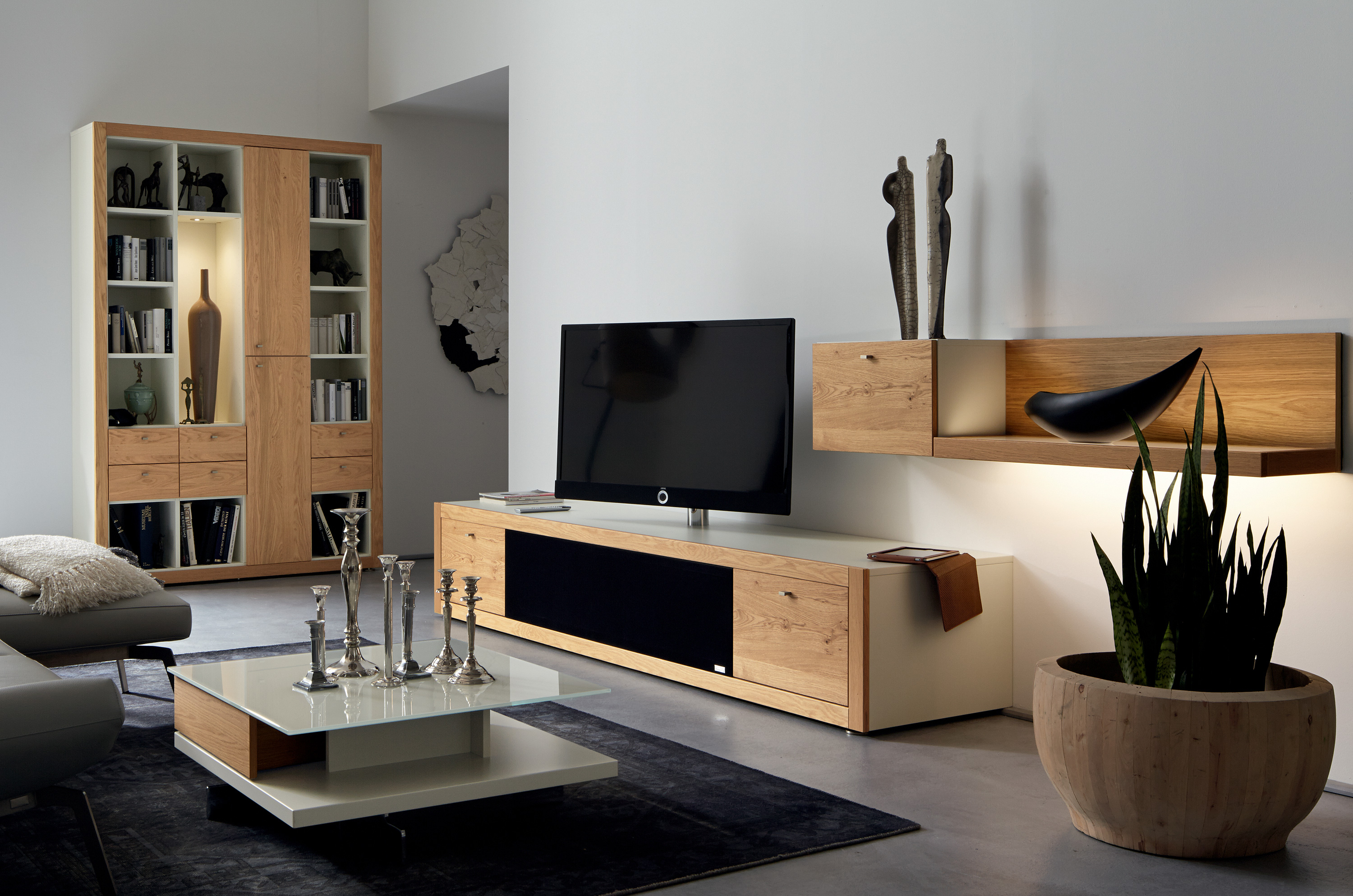 xelo mueble tv by h lsta werke h ls. Black Bedroom Furniture Sets. Home Design Ideas