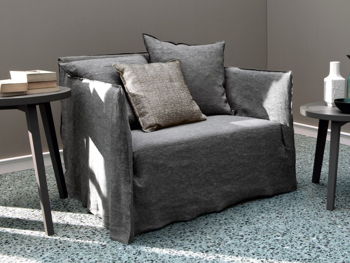 2 seater sofa with removable cover GHOST 09 By Gervasoni design