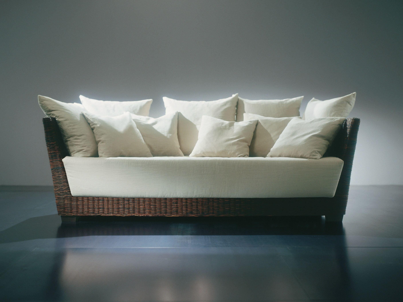 Sof 3 lugares de vime black 03 by gervasoni design paola for Sofa 03 lugares com chaise