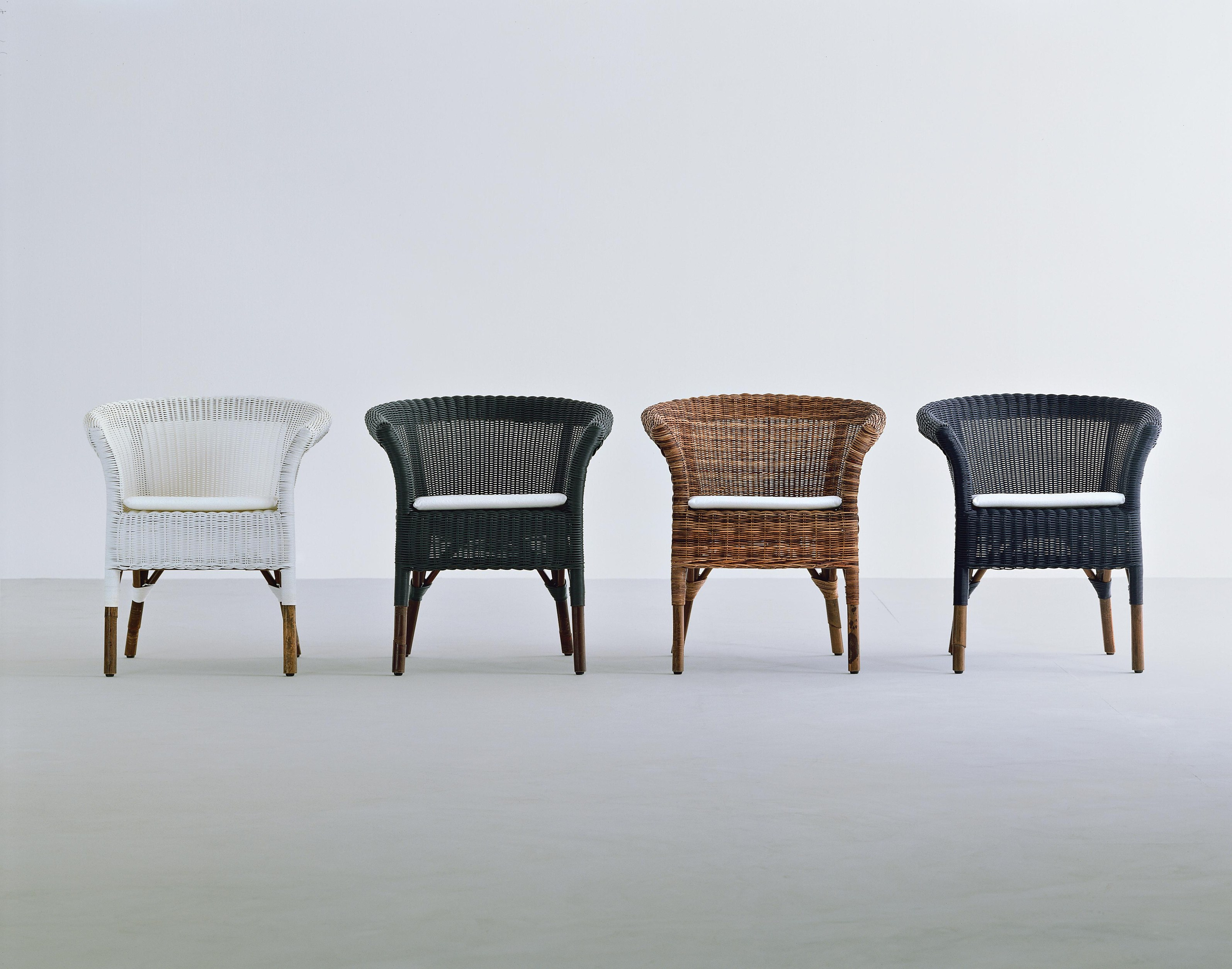 Pulut rattan garden armchair with armrests we 26 by for Gervasoni furniture