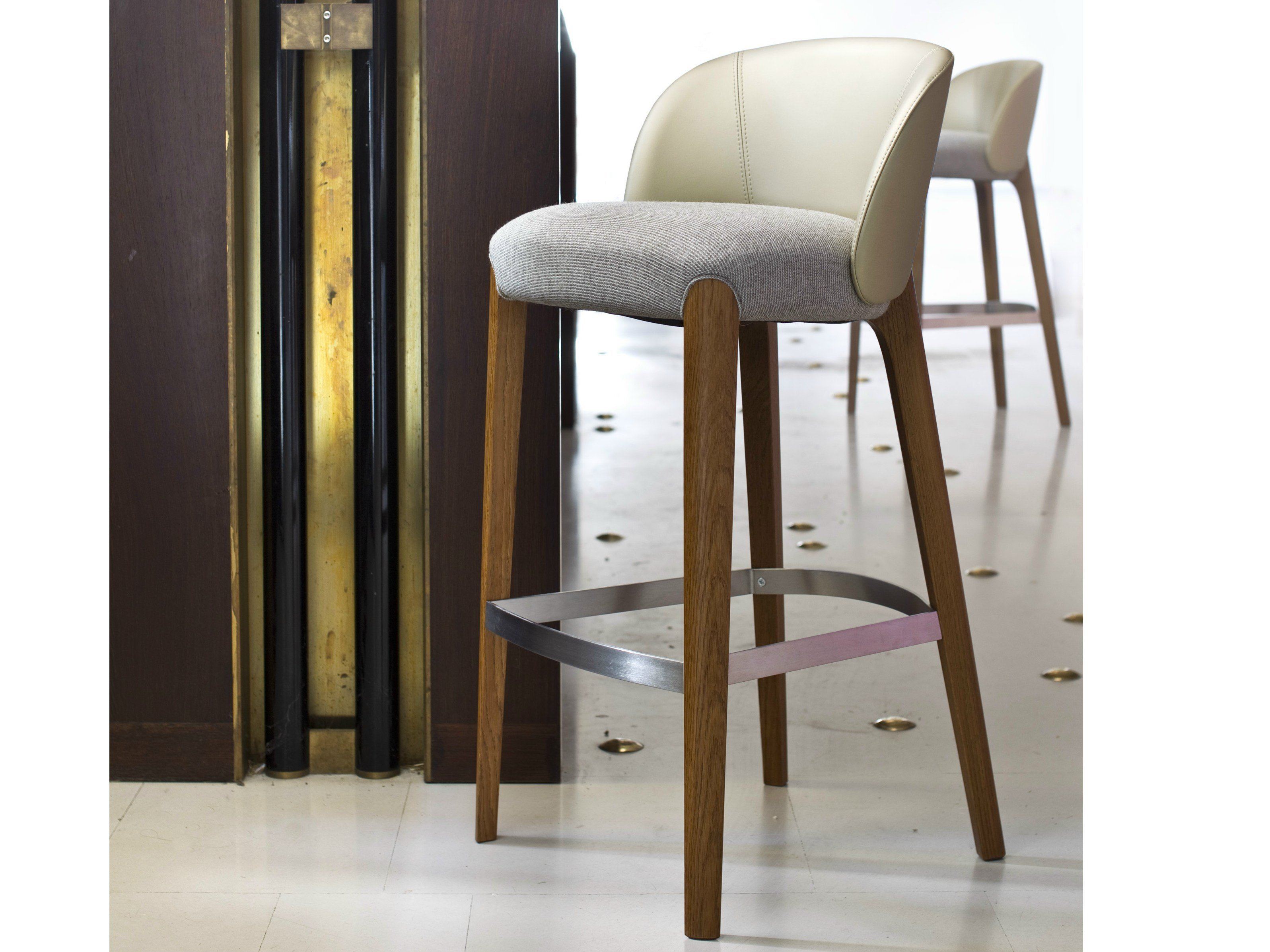 Upholstered Counter Stool Bellevue Collection By Very Wood