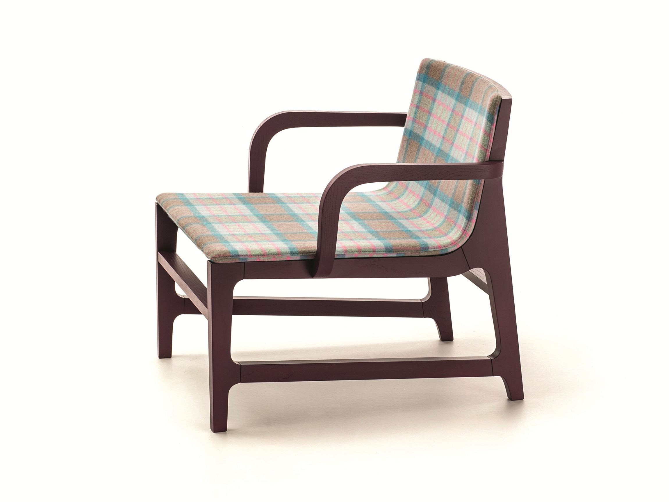 Chair with armrests gazelle easy chair with armrests very wood