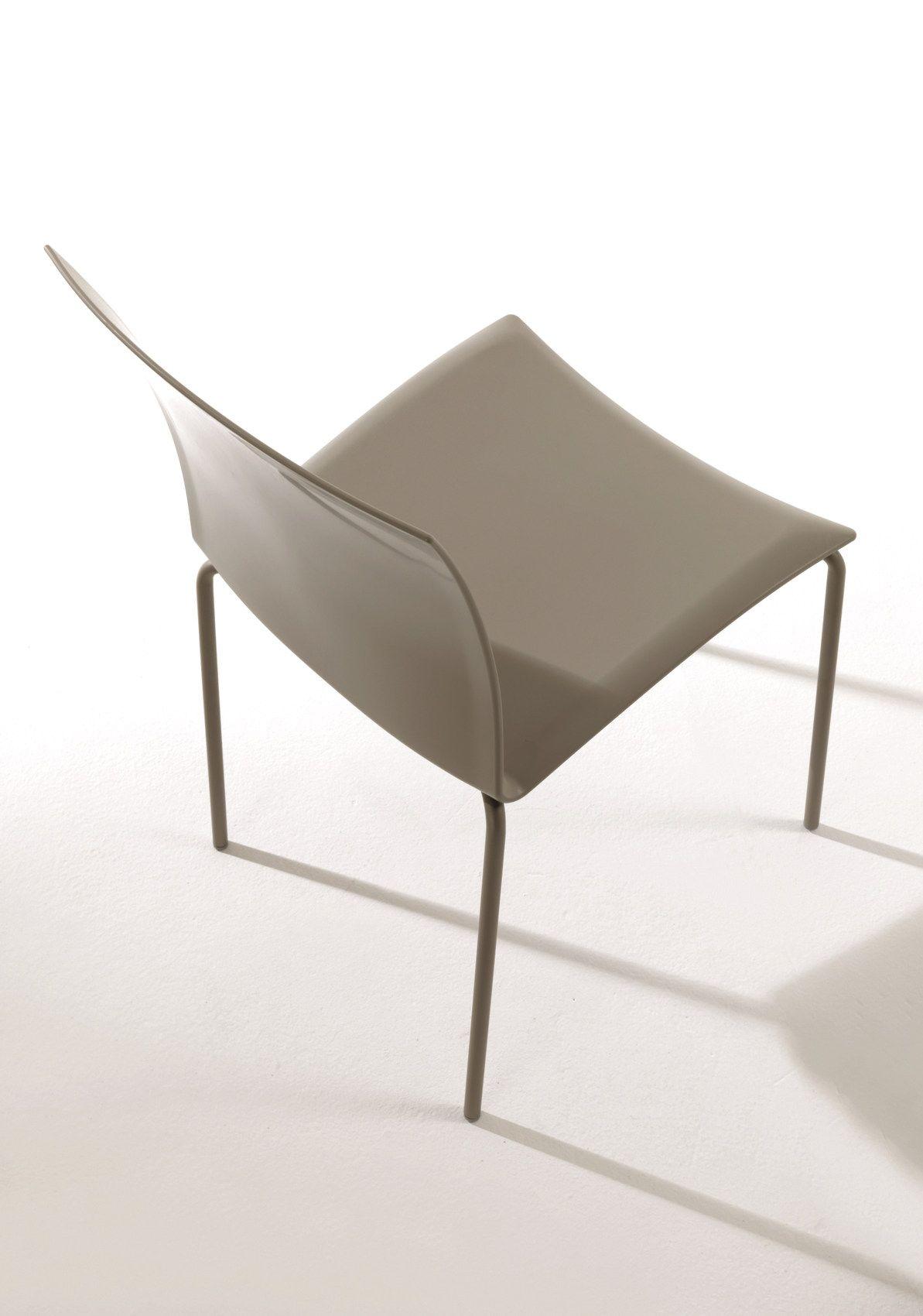 Sedia impilabile in polipropilene futura by bontempi casa design studio 28 - Sedia polipropilene impilabile ...