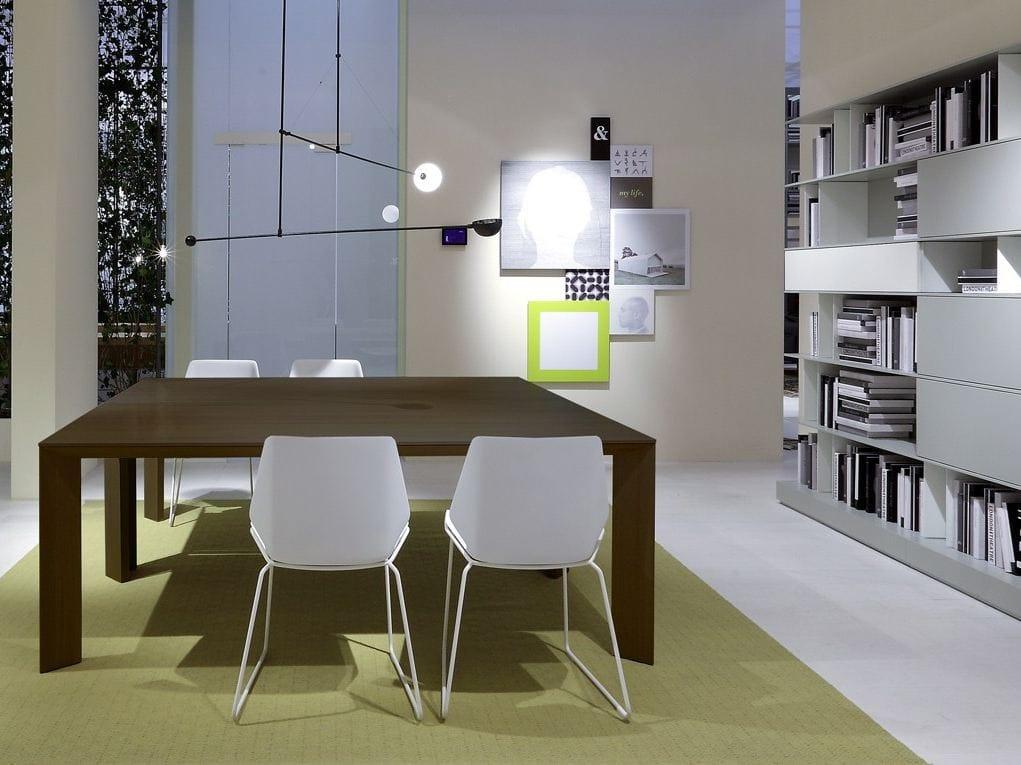 Ausziehbarer tisch aus holz gill by poliform design roberto barbieri