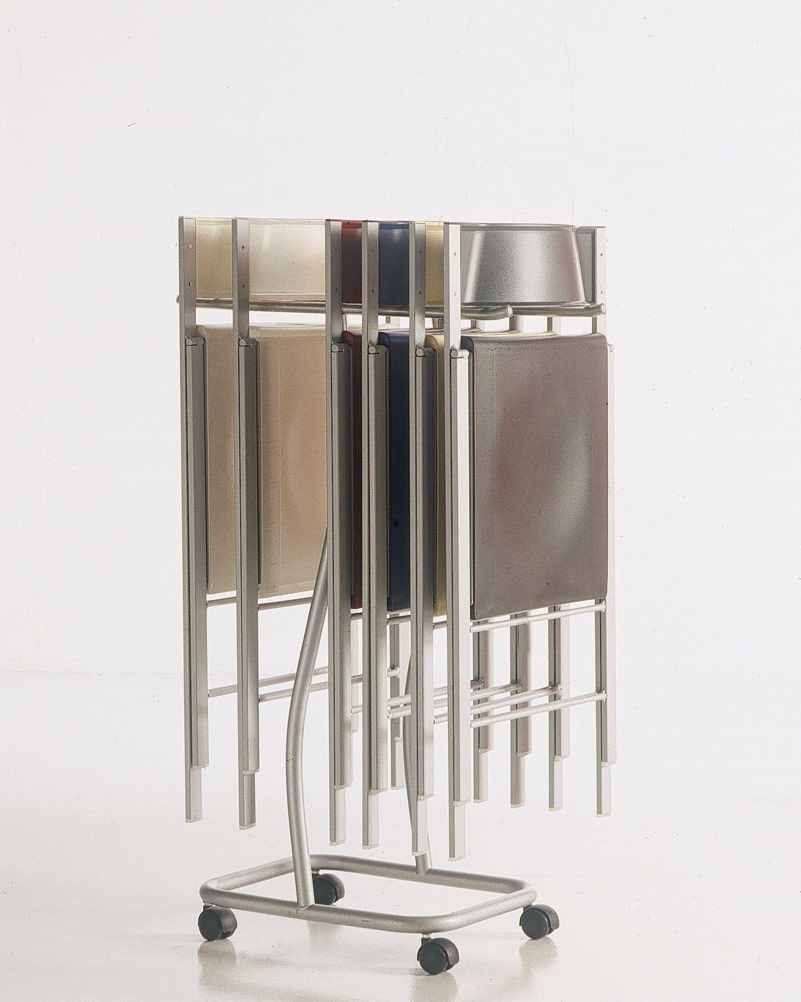 folding polypropylene chair poket by bontempi casa design. Black Bedroom Furniture Sets. Home Design Ideas
