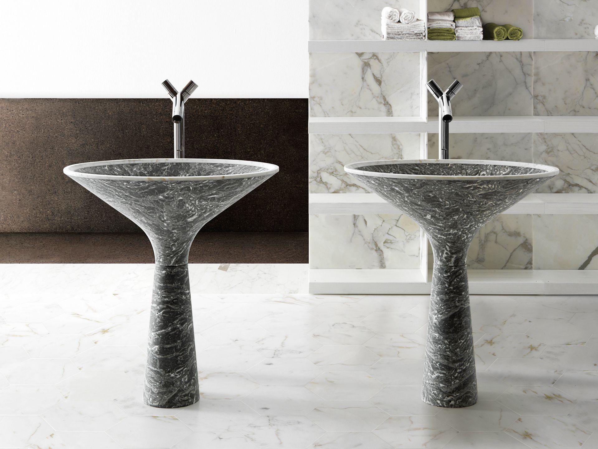 lavabo sur pied ovale en marbre dry by kreoo design enzo berti. Black Bedroom Furniture Sets. Home Design Ideas