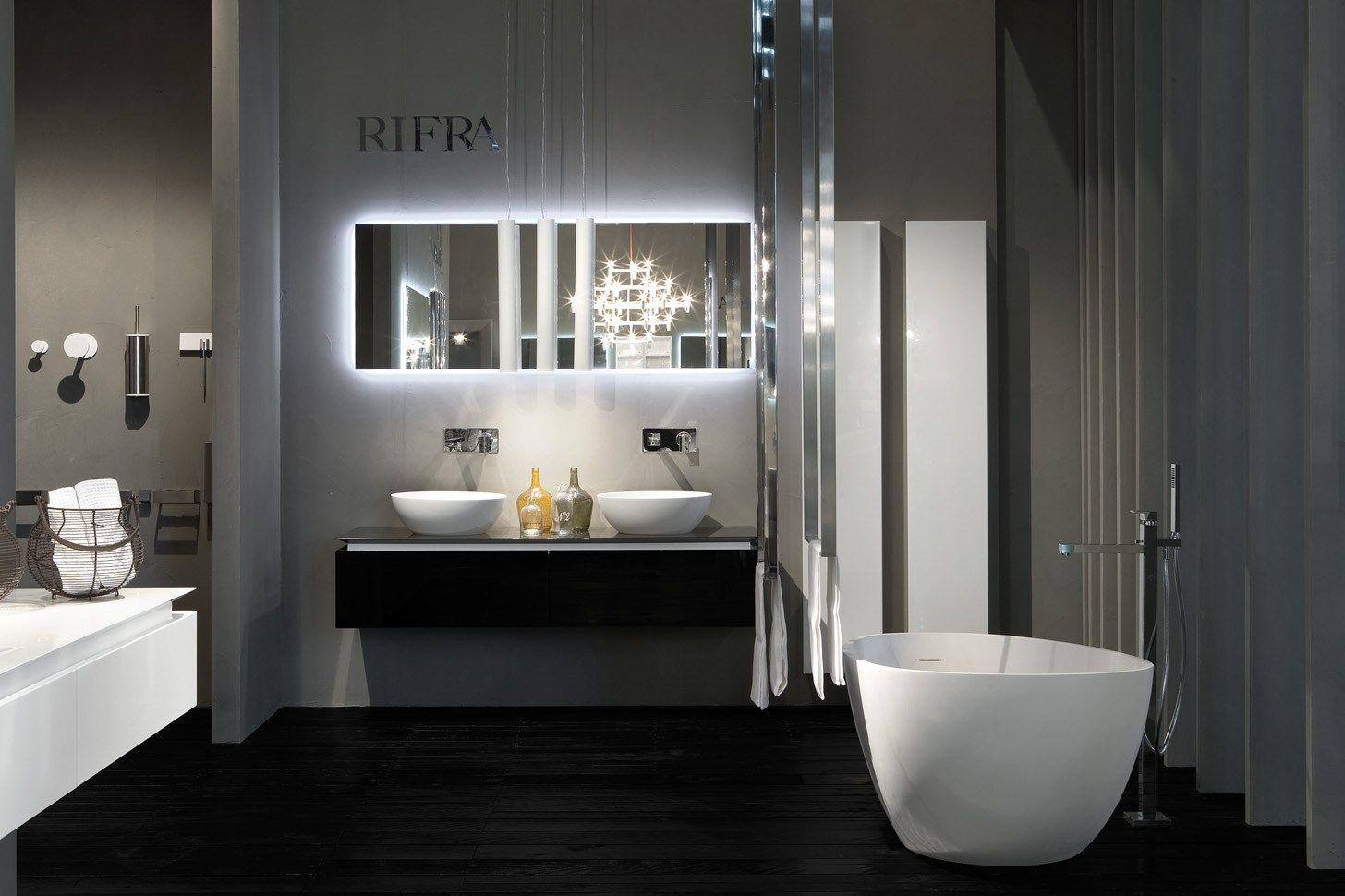 Espelho retangular para banheiro 2HD by RIFRA #726859 1456x970 Banheiro Autocad 3d
