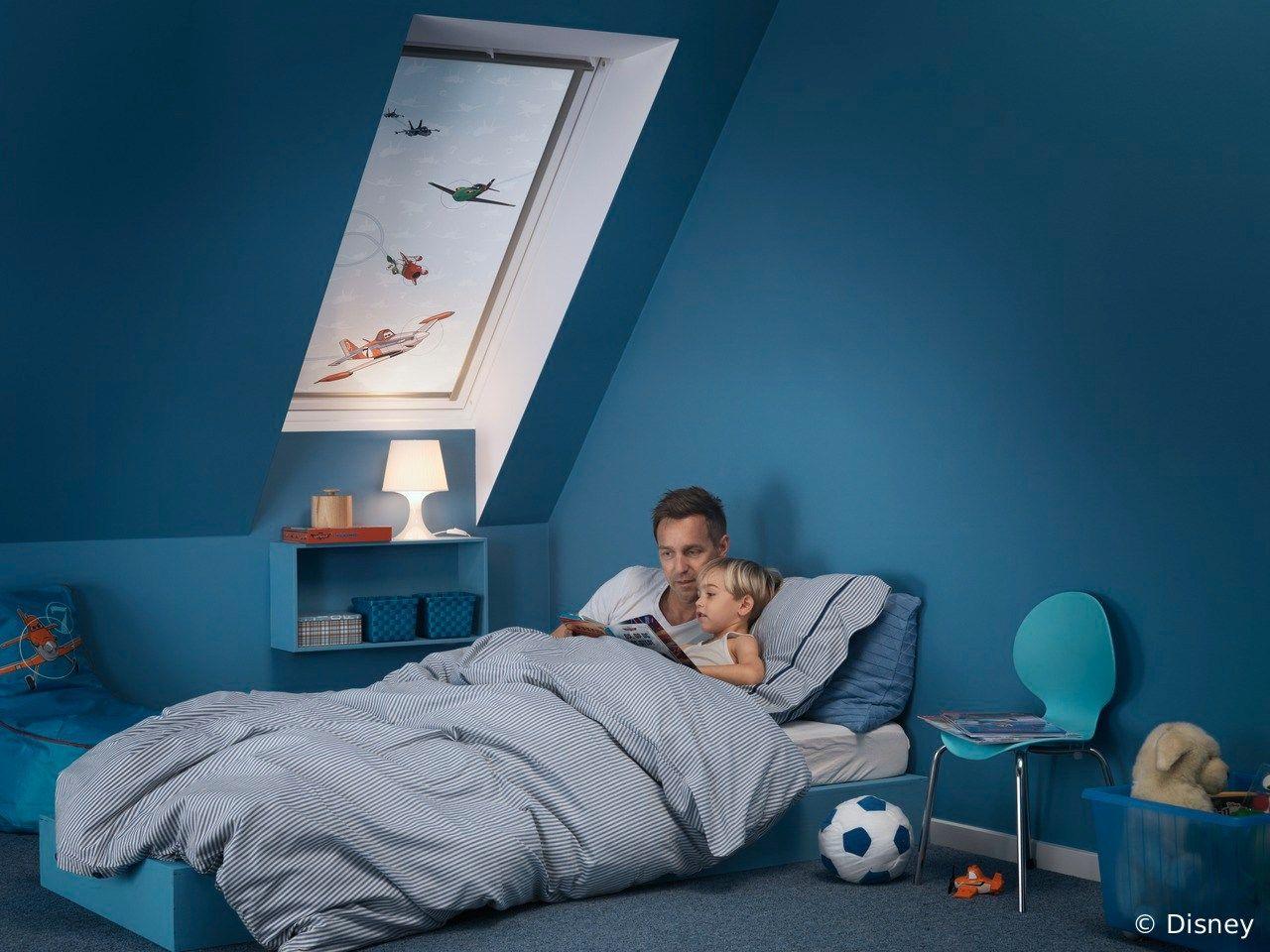 dachfenster rollo aus stoff zur verdunkelung planes 2 by velux. Black Bedroom Furniture Sets. Home Design Ideas