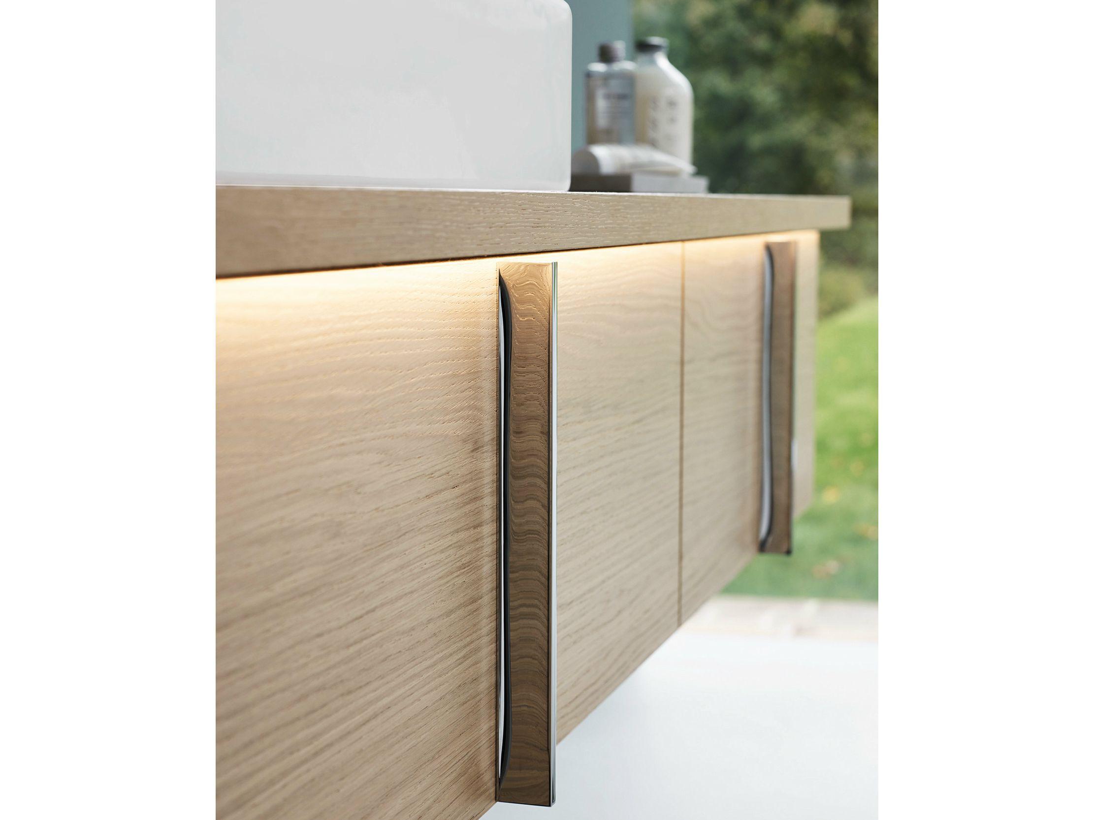 einzel h ngender waschtischunterschrank mit schubladen kollektion vero by duravit italia. Black Bedroom Furniture Sets. Home Design Ideas