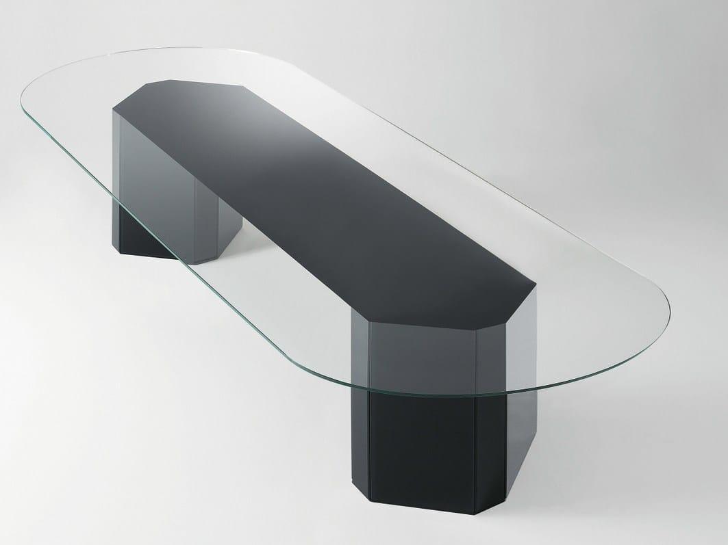 Tavolo ovale in cristallo akim by gallotti radice design - Tavolo cristallo ovale ...