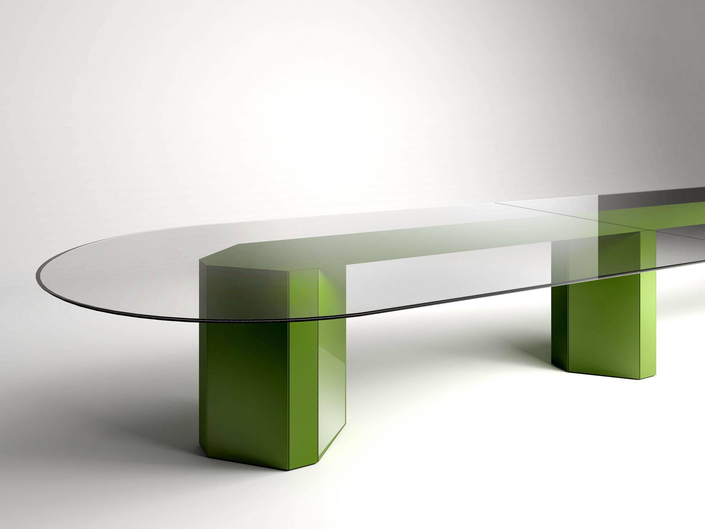 Tavolo ovale in cristallo akim by gallotti radice design - Tavolo in cristallo ovale ...