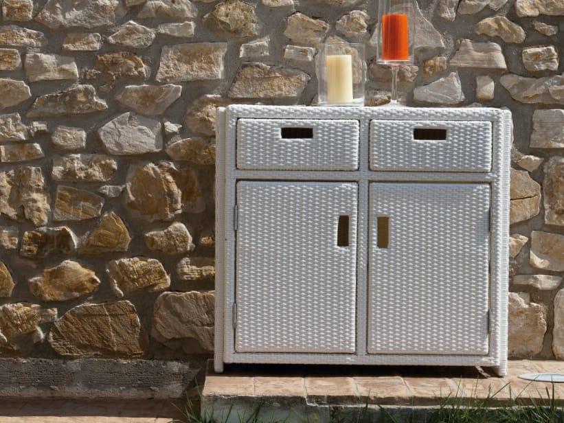 exceptional armoire resine tressee exterieur 11 meuble. Black Bedroom Furniture Sets. Home Design Ideas