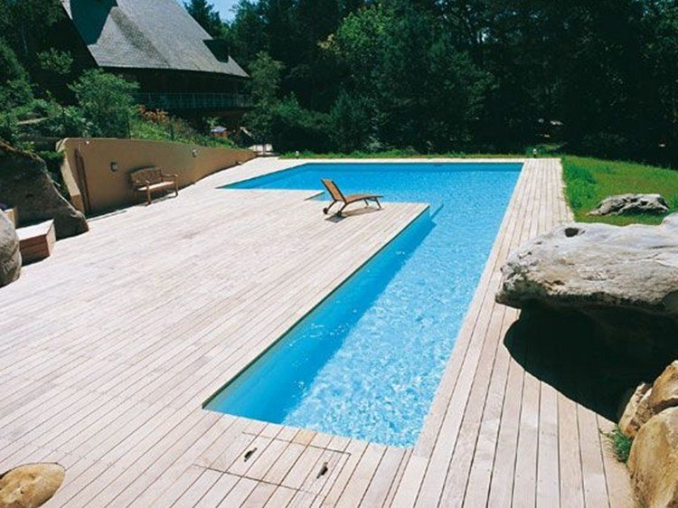 In ground swimming pool desjoyaux l shaped swimming pool for Piscine desjoyaux