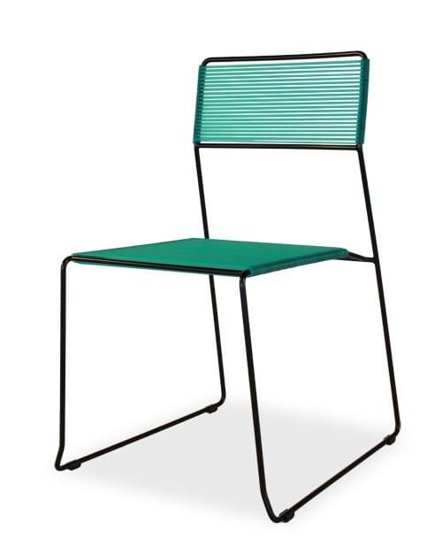 stapelbarer stuhl mit kufengestell log spaghetti by area. Black Bedroom Furniture Sets. Home Design Ideas