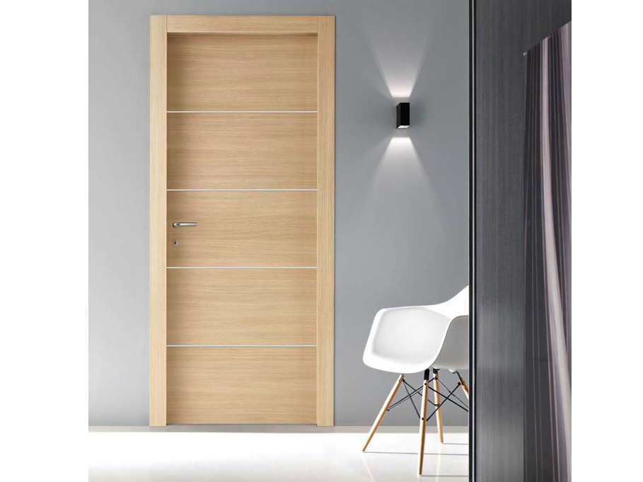Hinged oak door naker vela collection by door 2000 by for Gruppo door 2000 spa