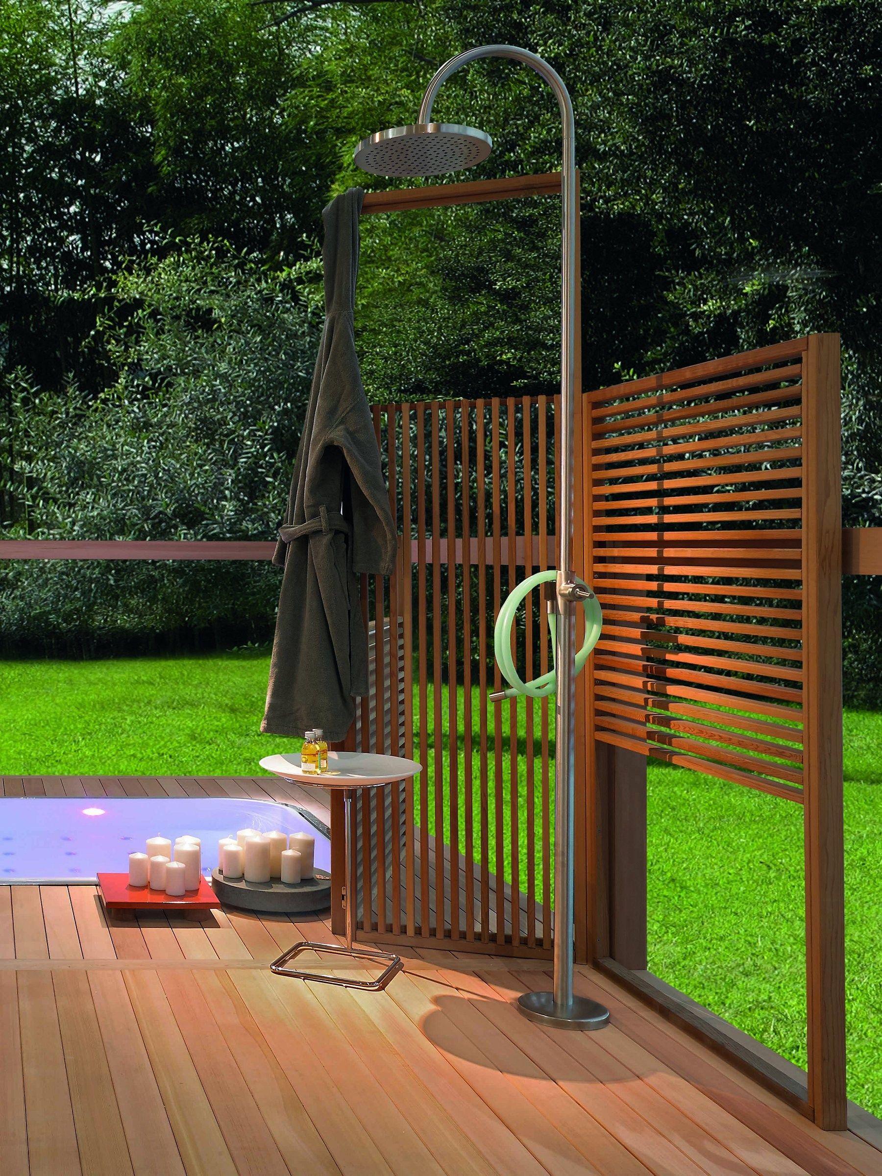 Ducha exterior de acero inoxidable columnas de ducha by for Duchas para piscinas exterior