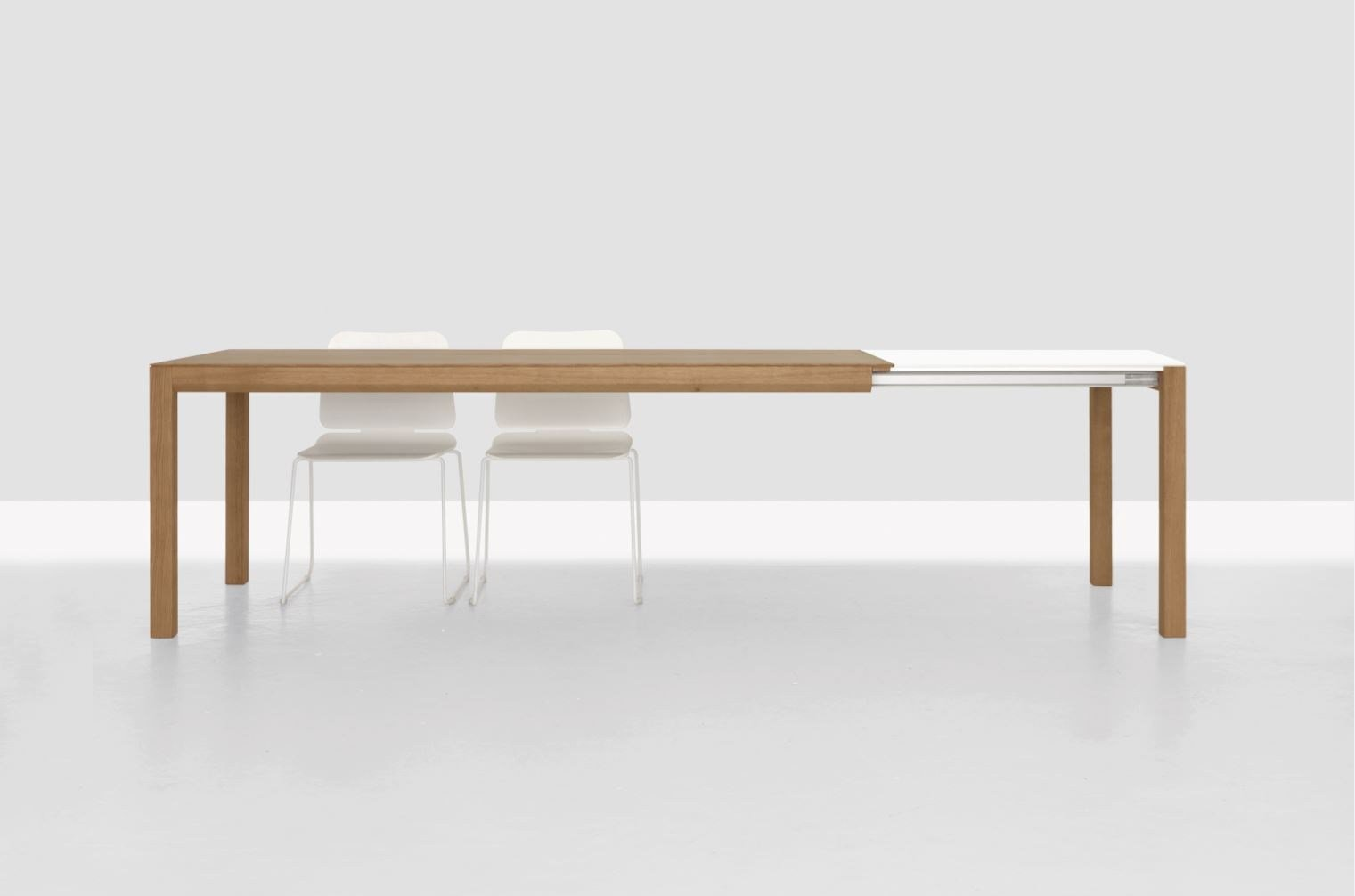 Table extensible rectangulaire en bois domino zoom by zeitraum for Table extensible canada