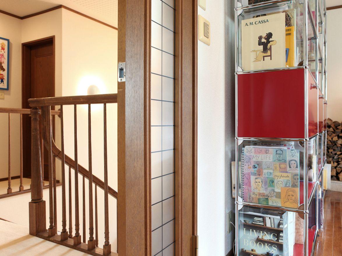 Usm haller bookshelves regalsystem by usm modular furniture - Usm vitrine ...