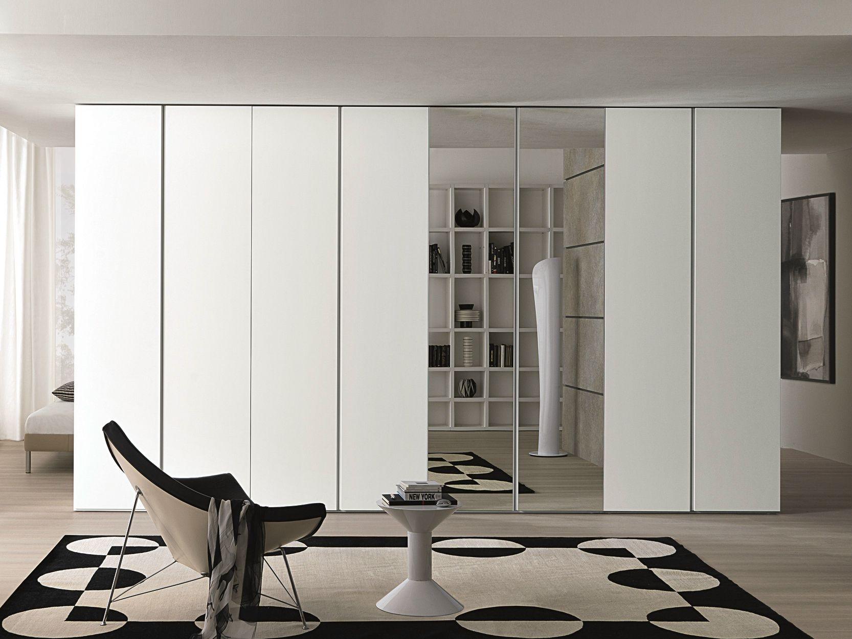 groove kleiderschrank mit spiegelt r by misuraemme design. Black Bedroom Furniture Sets. Home Design Ideas