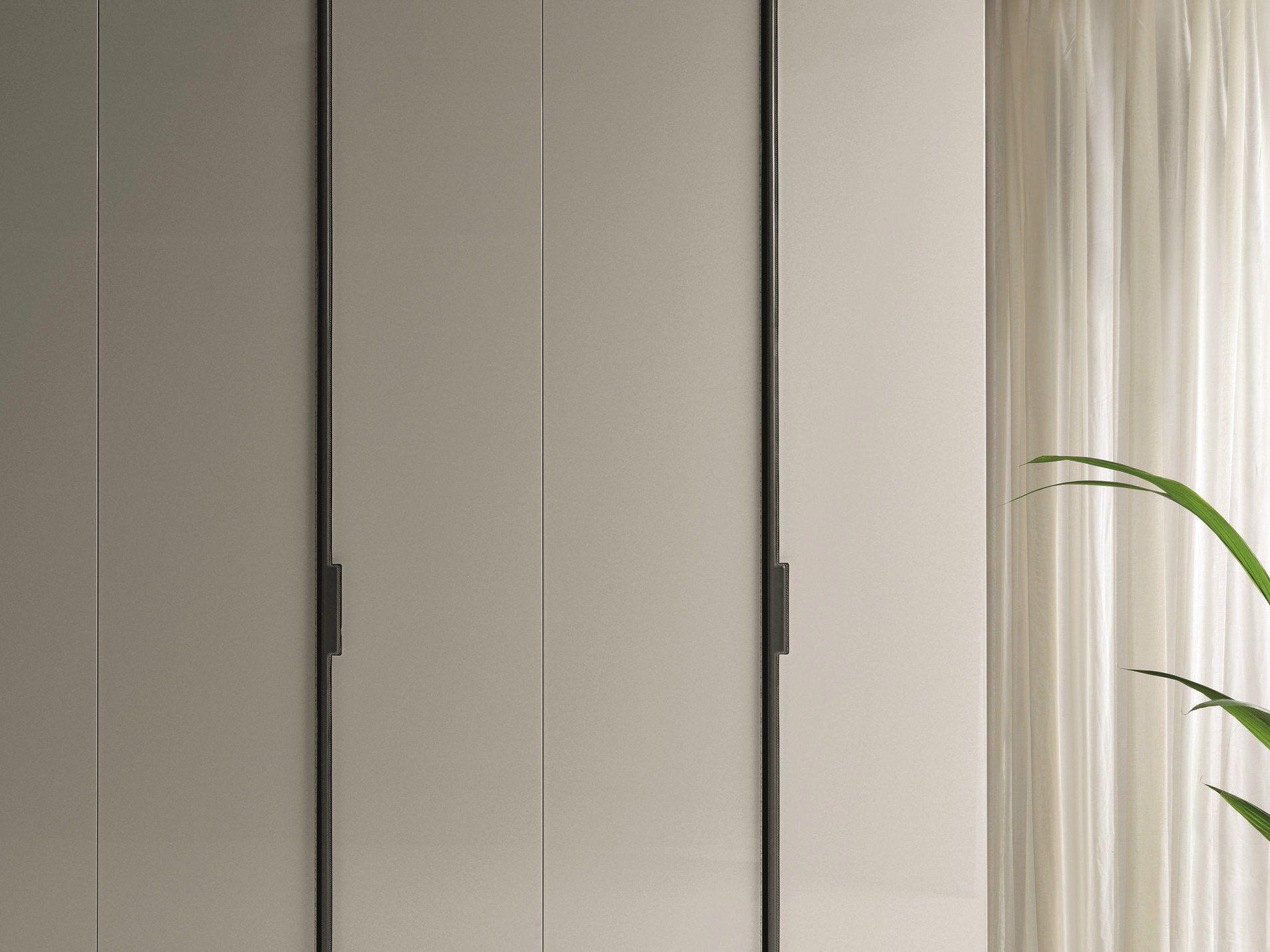 #4C6425 Armoire En Bois à Portes Coulissantes Sur Mesure REVERS By  1161 armoires portes coulissantes sur mesure 1907x1430 px @ aertt.com