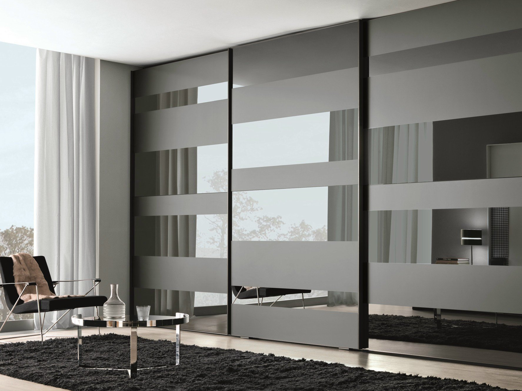 Segmenta new mirrored glass wardrobe by misuraemme for Back painted glass designs for wardrobe