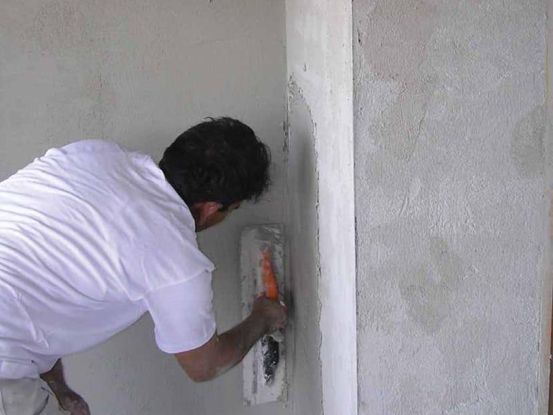 Produit de lissage et finition en ciment pour enduit kalox g ligne kalox by t - Comment mettre enduit de lissage ...