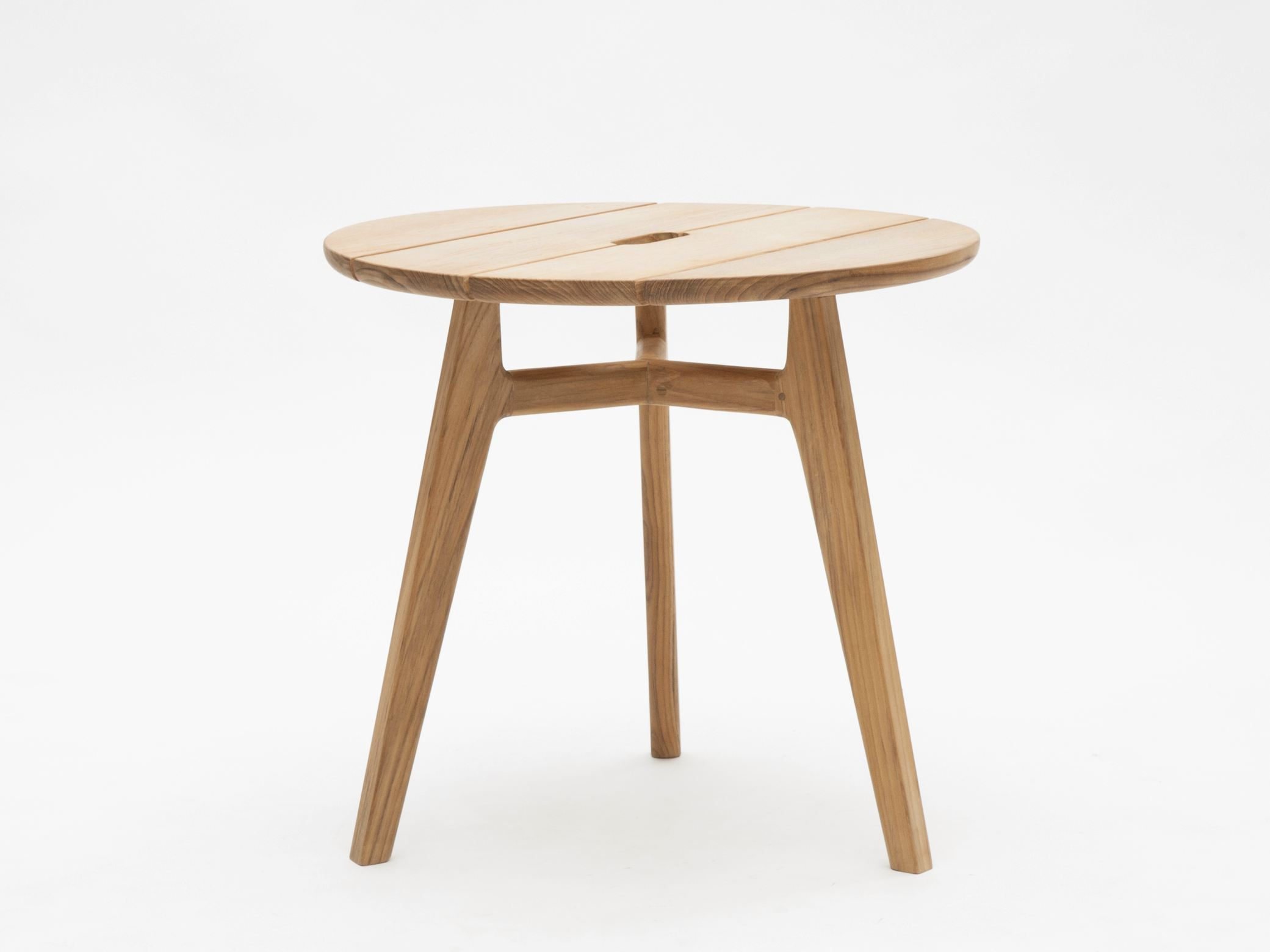 Knit coffee table by ethimo design patrick norguet for Table knitting