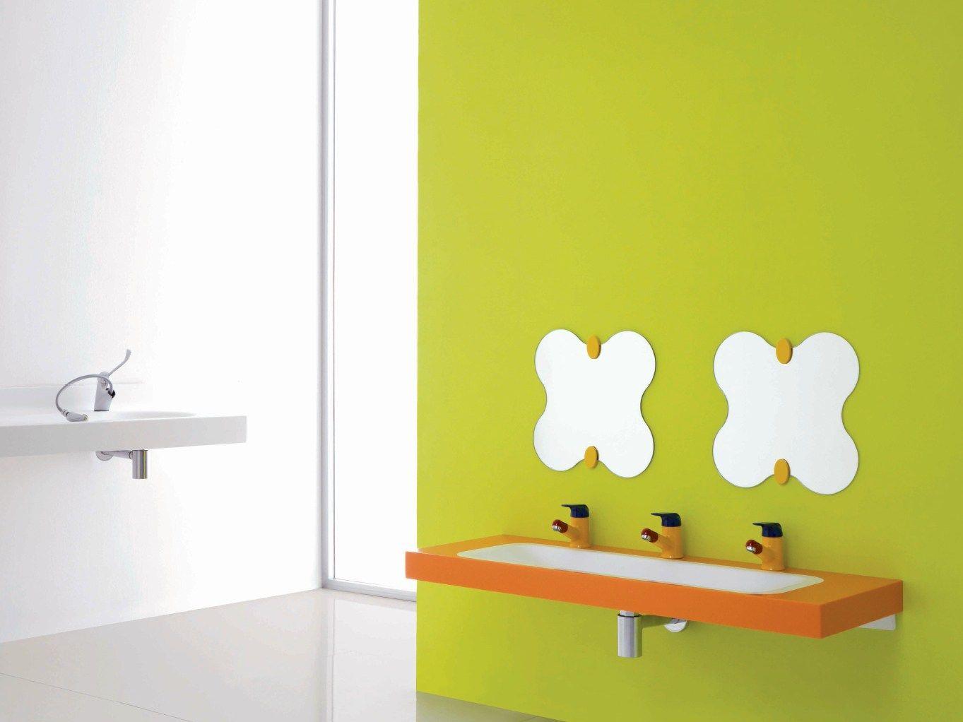 Milk miroir by ponte giulio for Salle de bain pour enfants
