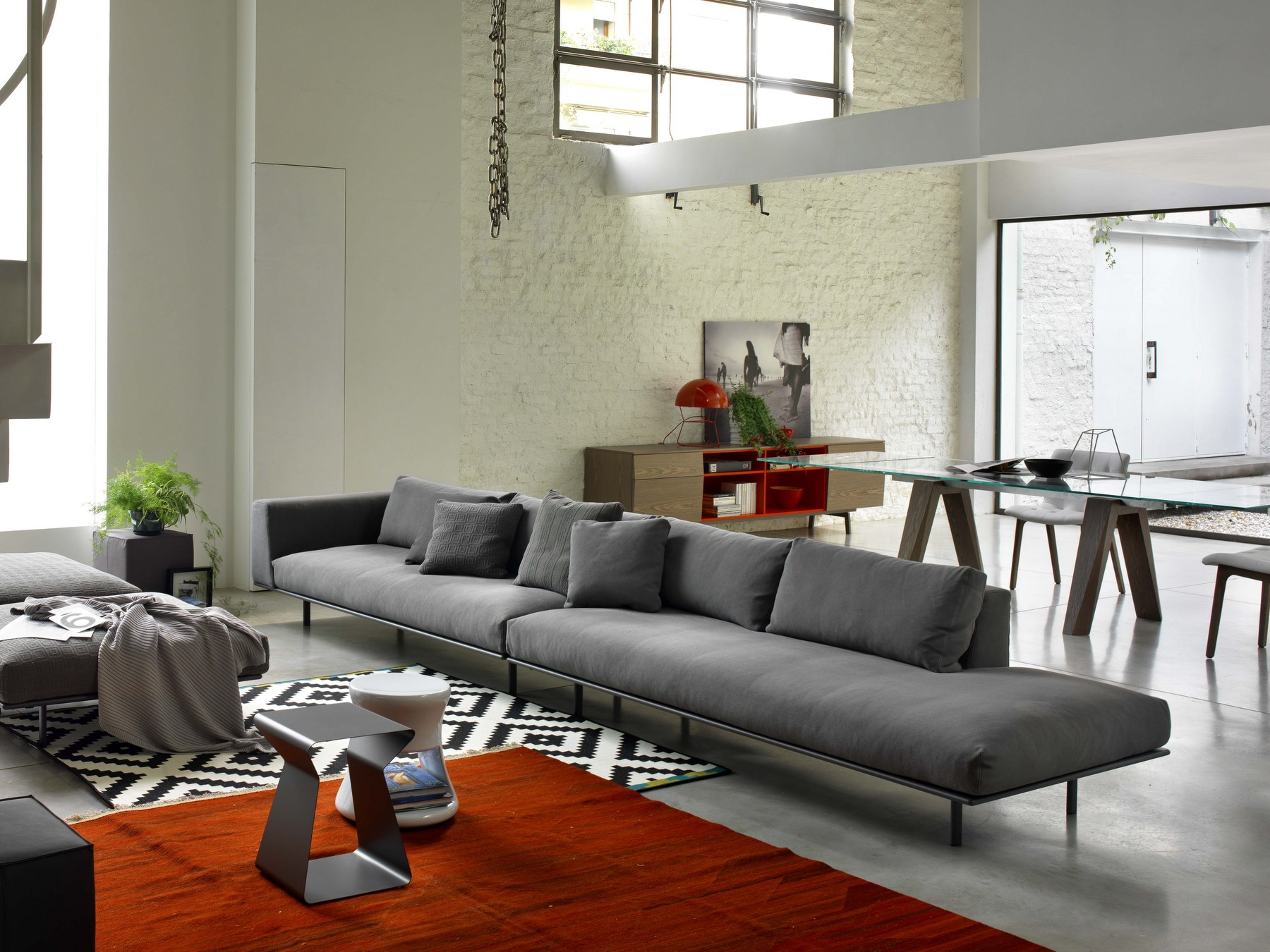 dakota 5 seater sofa by bontempi casa design carlo bimbi. Black Bedroom Furniture Sets. Home Design Ideas