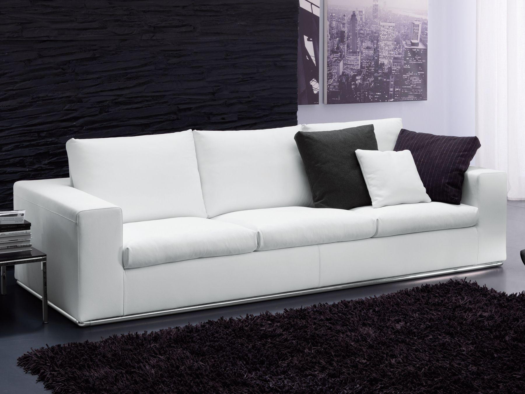 Lazar divano a 3 posti by bontempi casa design carlo bimbi for Casa del divano
