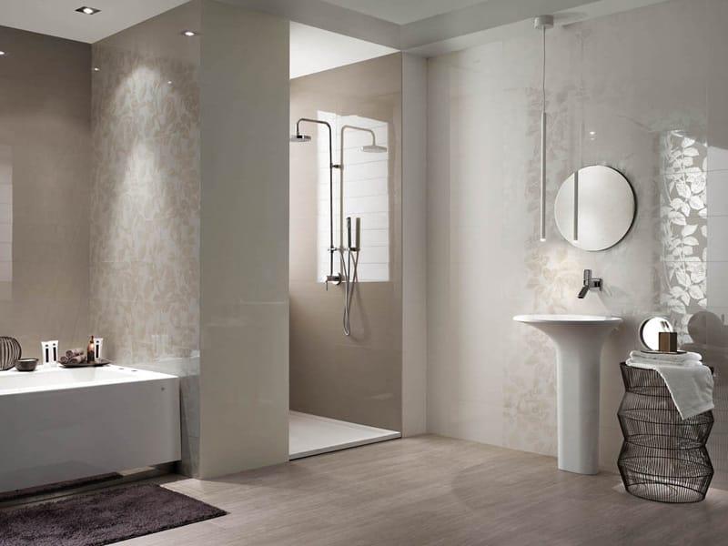 Rivestimento bagno moderno altezza 10 idee per arredare un bagno lungo e stretto - Altezza rivestimenti bagno ...