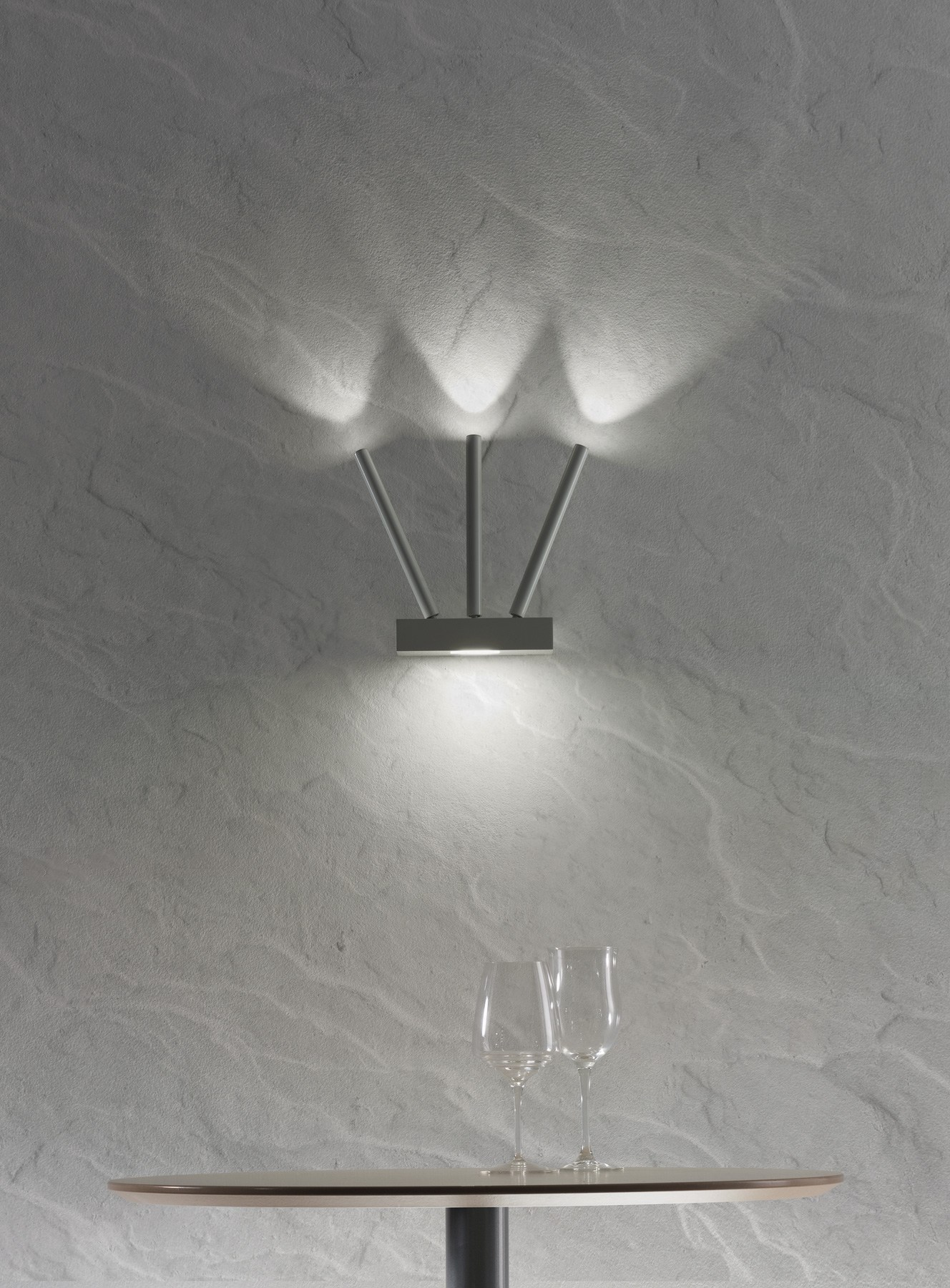 Virtus lampada da parete by axo light design manuel vivian - Lampada da parete design ...