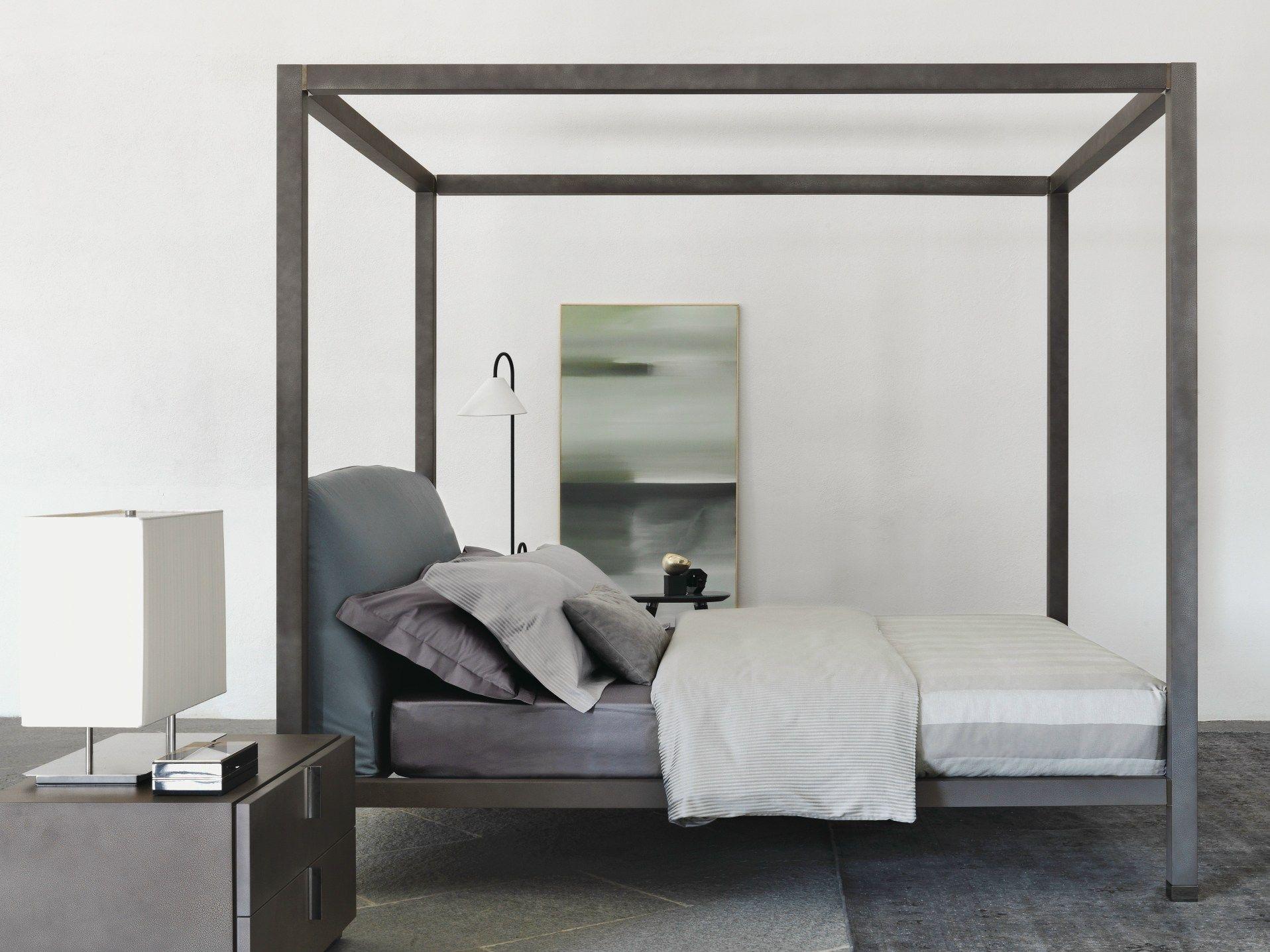 ari lit baldaquin by flou design mario dell 39 orto. Black Bedroom Furniture Sets. Home Design Ideas