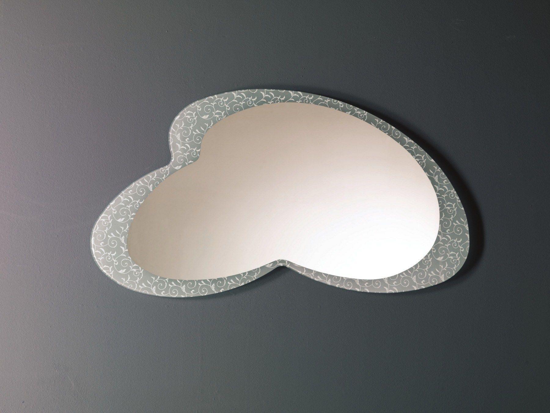 Specchio in stile moderno a parete caio by bontempi casa design giorgio manzali - Specchi in stile ...