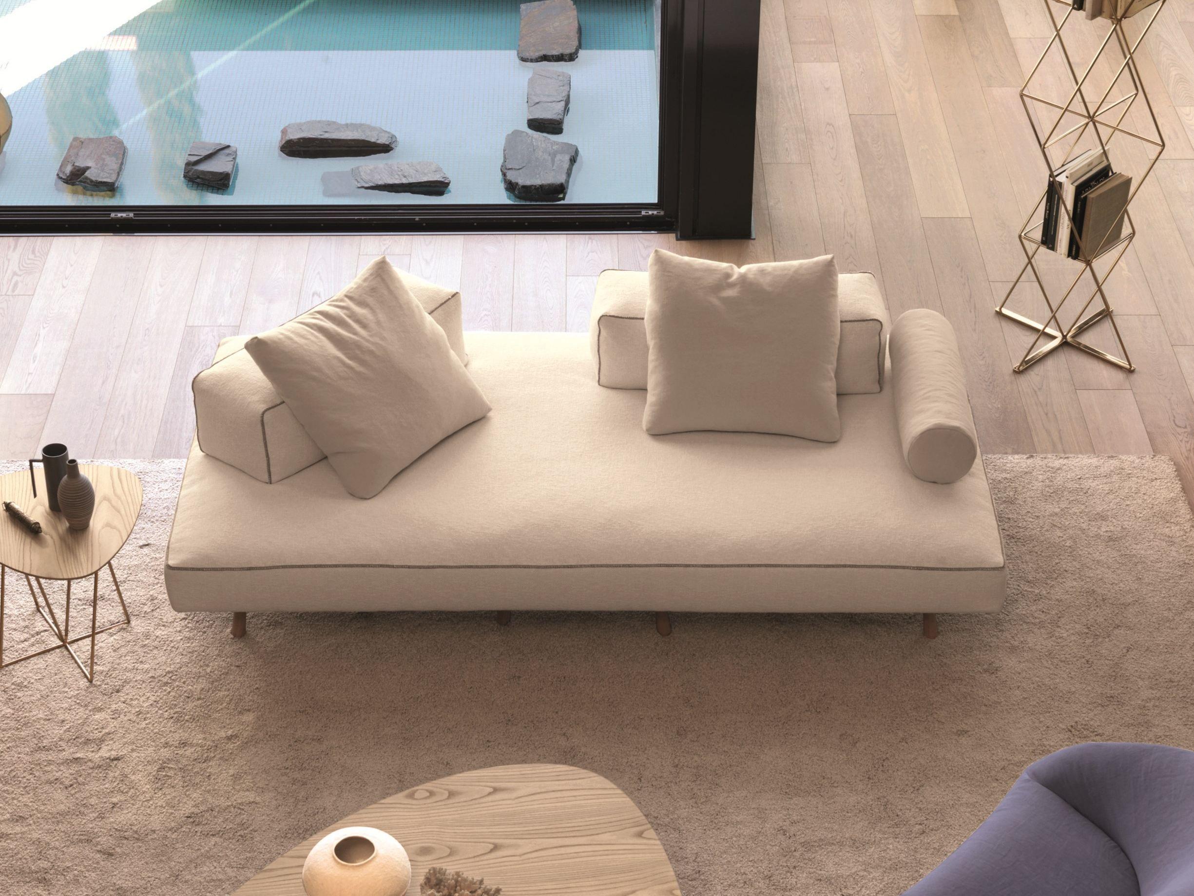 Divano in tessuto a 3 posti endor by d sir e design marc for Divano senza schienale
